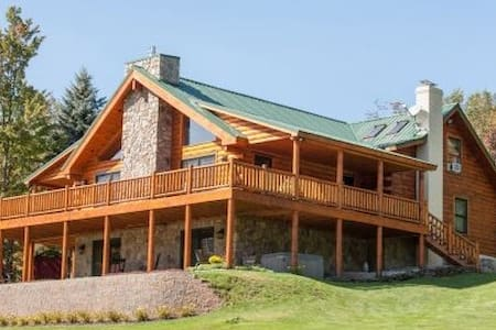 Secluded Luxury Home Perfect for Groups - Bovina Center