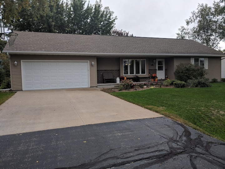 Oshkosh WI House to Rent during EAA Air Adventure
