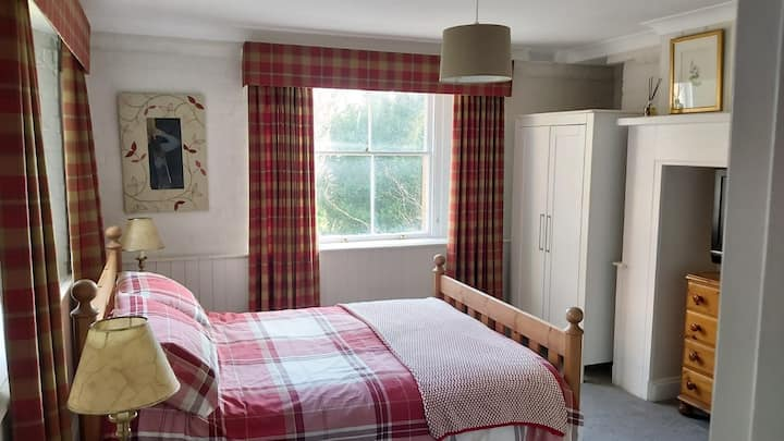 Cosy apartment in the heart of the Malvern Hills.