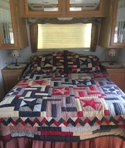 Cozy Camper for 2 in Happy Valley - Centre Hall - Autocaravana