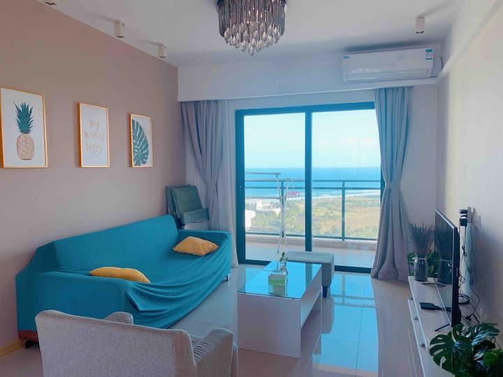 月亮湾360度高层海景度假公寓