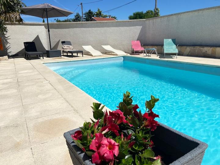 Maison en Drôme avec piscine privé  8 p  4 ch