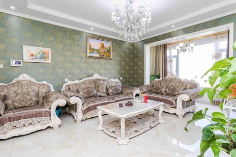 Nanshan Escape, Next to Moonlight Lake Park, Premium Residence, Brand New Air Conditioning, Big Three, Double Bathroom, Free Parking, Private Garden Fish Pool, Close to Kaihai Park