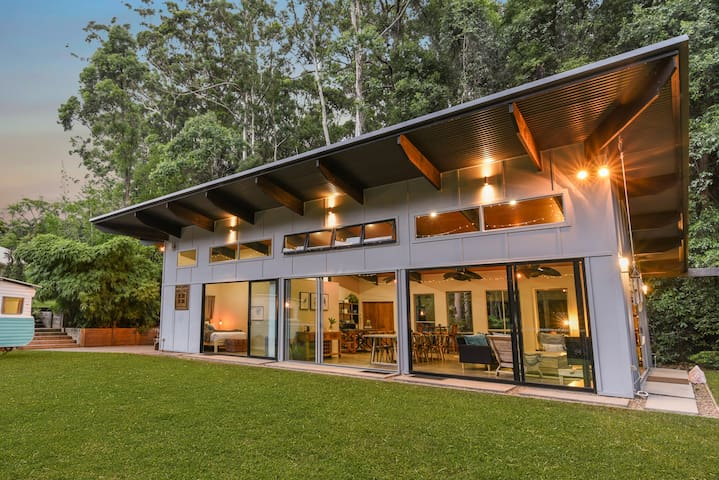 Forest Retreat between Montville and Mooloolaba