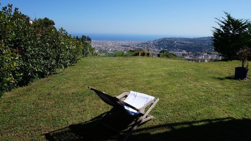 NICE - Ap 2P Splendide Vue Mer&Jardin dans Villa