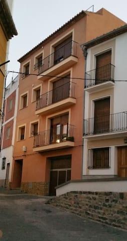 PISO - APARTAMENTO EN BEJIS - Bejís - Apartment