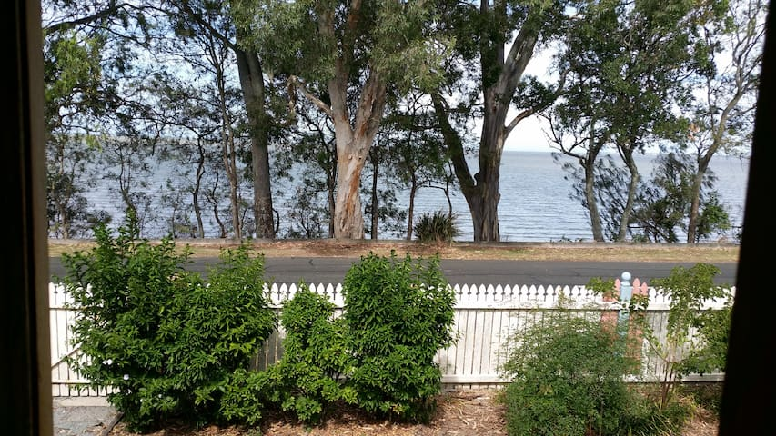 Secrets at D Bay - Deception Bay - Huis