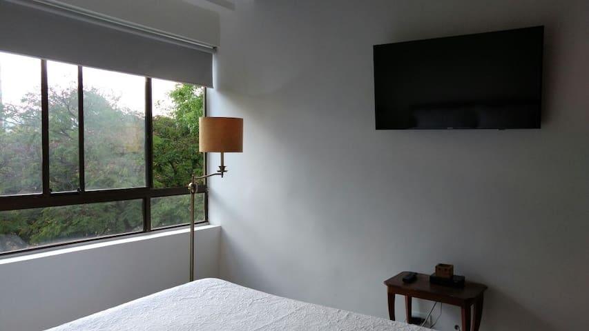 Exclusiva alcoba privada para dos en el Poblado - Medellín - Apartment