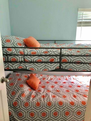 Bedroom 2 - 2 twin beds with cool gel memory foam mattresses