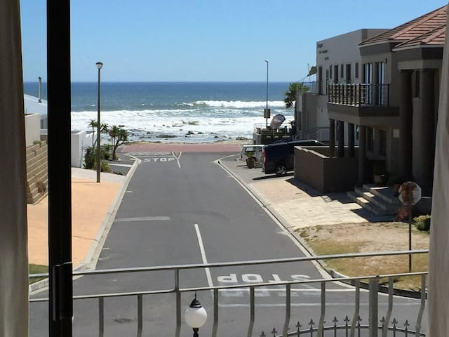 Self Catering Penthouse, Full sea view!! - Cape Town - Huoneisto