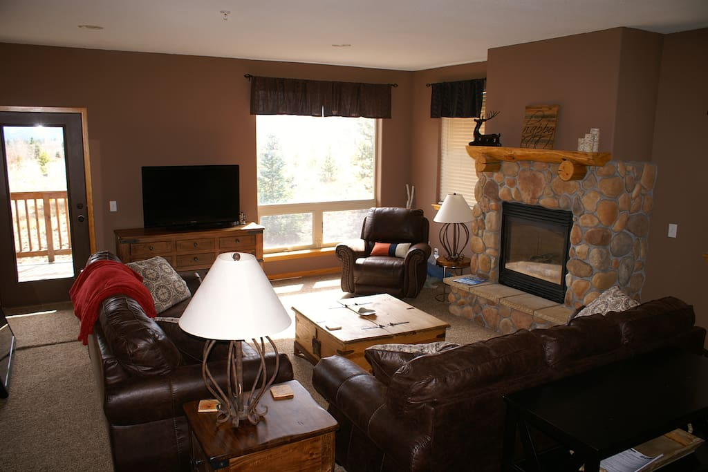 """Large Family Room with 55"""" flat screen TV"""