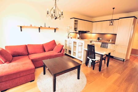 Ona's apartament in City Center+ PRIVATE PARKING
