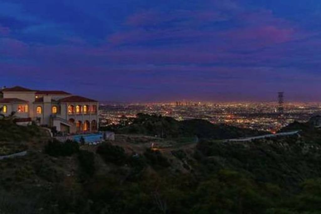The Solar Mansion has 270 degree views of the entire LA basin including the Hollywood sign, downtown LA and the coastline out to Catalina Island.