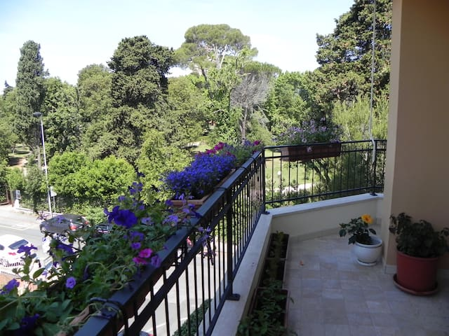 Beautiful and big apartement - Livorno - Apartament
