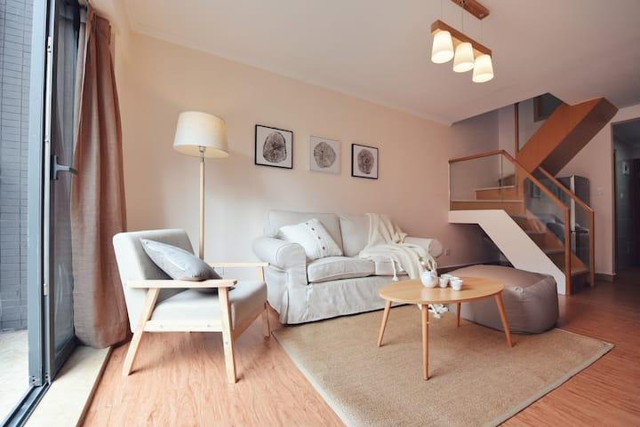 【Kaispace】【限时特惠】近会展中心新洲MUJI复式Loft两居室整租!