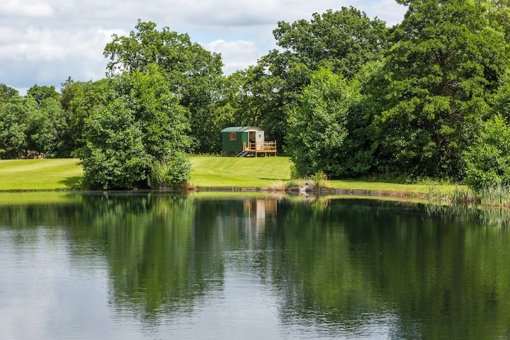 Broad Oak Shepherds Hut, deepest Worcestershire!