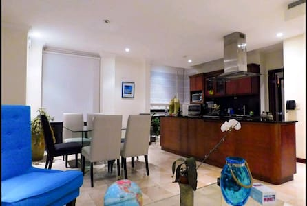 Gated modern apt with view in Escazú 3Bedroom/Pool