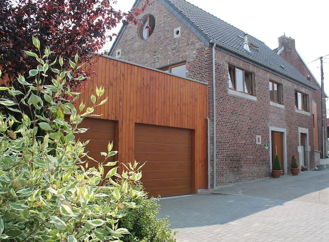 Gîte familial au Pays de Herve - Plombières - House