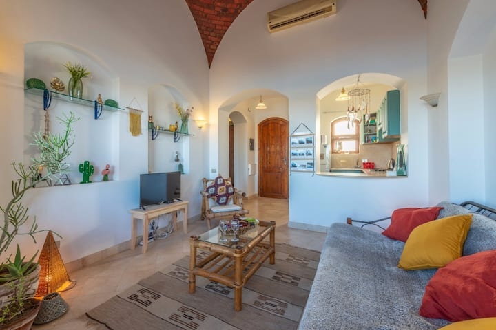 Lagoon view 1 bedroom apartment in Gouna West Golf