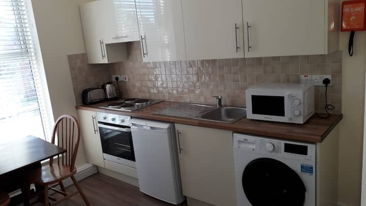 Modern one bedroom apartment in City centre