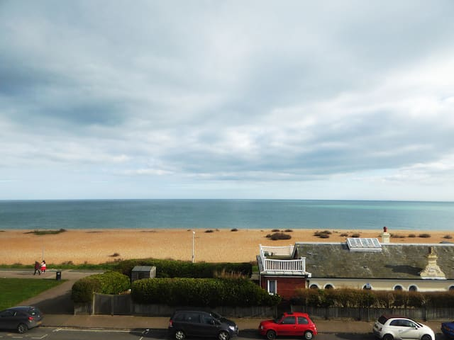 SEAVIEW, Facing the Sea, Close to Castle and Town - Walmer - Flat