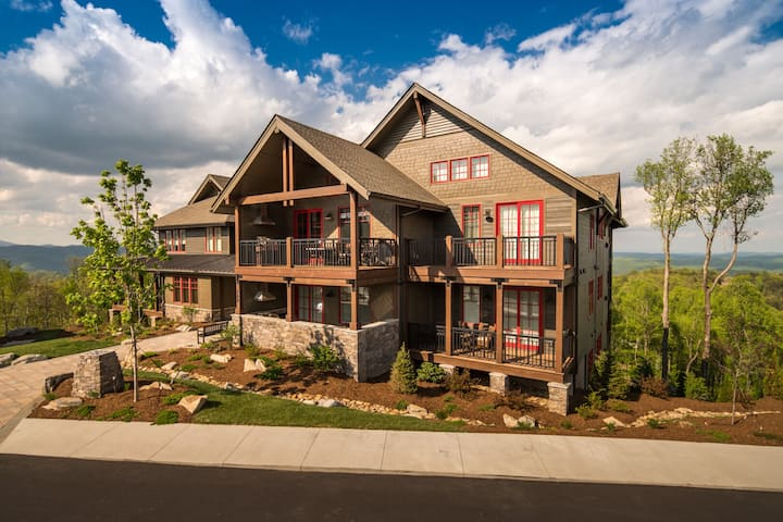NEW LISTING! Mitchell 202 Condo at the Blue Ridge Mountain Club! Incredible luxury and views!