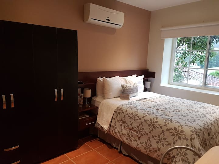 LONG STAY SUITES/Breakfast included