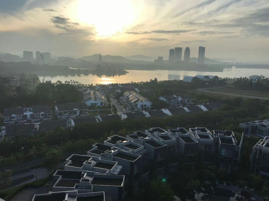 Surreal morning view from Rooftop Sky Garden