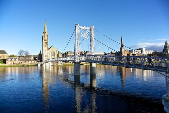 Greig Street Apartment- City centre- parking - Inverness - Appartement