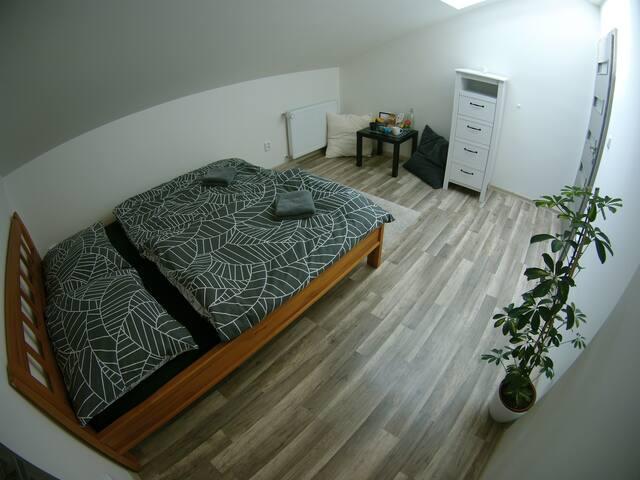 Soukromý pokoj v podkroví pro 2 osoby