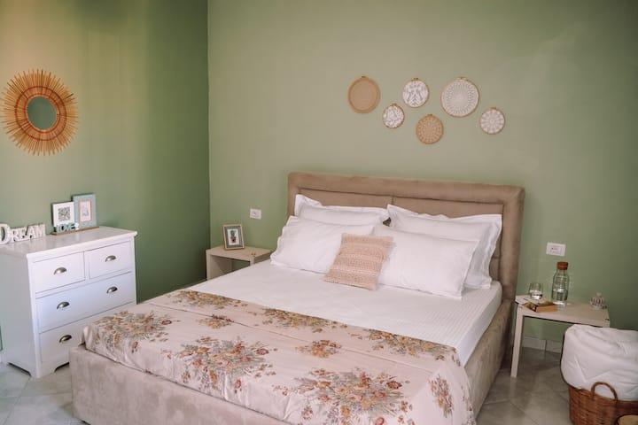 🧺Boho Style Apartment - URBAN STAY SARANDA