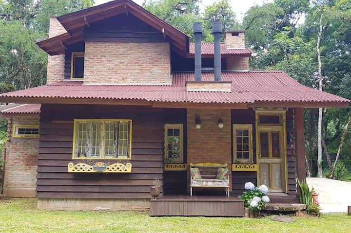 Casa em Rios dos cedros ( represa)
