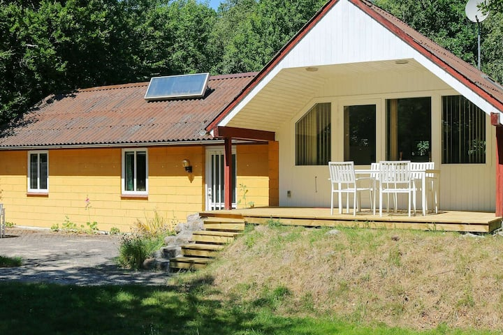 Tranquil Holiday Home in Hadsund with Whirlpool