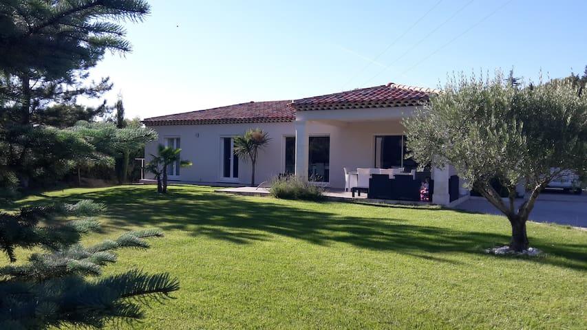 Maison neuve avec Grand Jardin - Cabriès - Villa