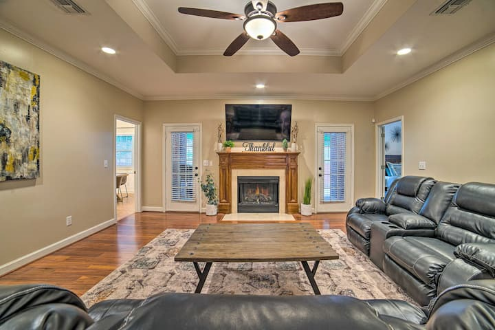 Charming Columbus Home w/ Game Room, Near AFB!