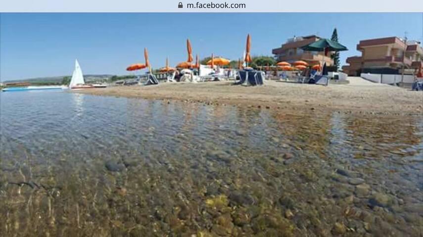Paradise house with private beach near Rome