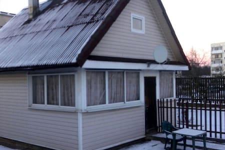 Отдельный дом с сауной на границе - Ivangorod - Дом