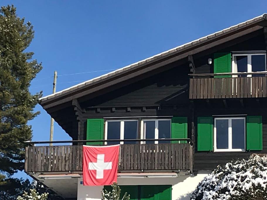 Unsere Wohnung oben rechts im Chalet Enzian.