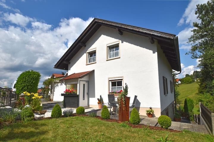 Cosy house in Waldkirchen in the Bavarian Forest with balcony and garden