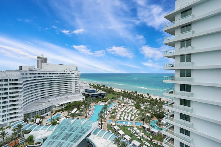 Oceanfront Junior Suite in the Fontainebleau