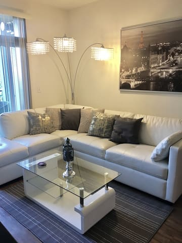 Sunny & Bright Resort Style Apt near Beach & LAX - Los Angeles - Apartment