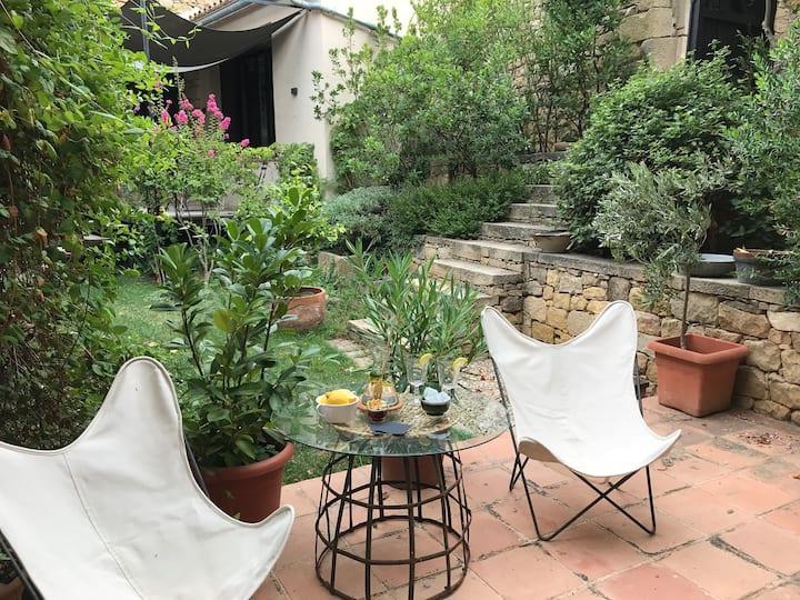 La Suite del patio. Mas de Flandí