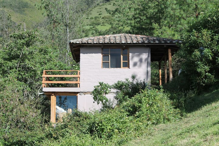 Los Capulíes, cozy cabin and nature for visitors - Quito - Natuur/eco-lodge