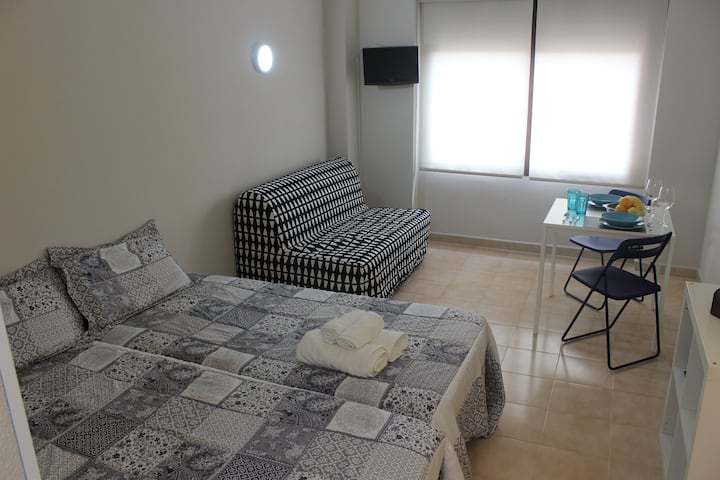 TRIANA AUTENTIC SEVILLA STUDIO (+FREE PARKING)