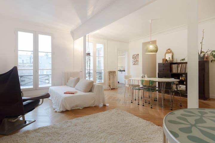 4 Bdr/102 m2 in Le Marais.