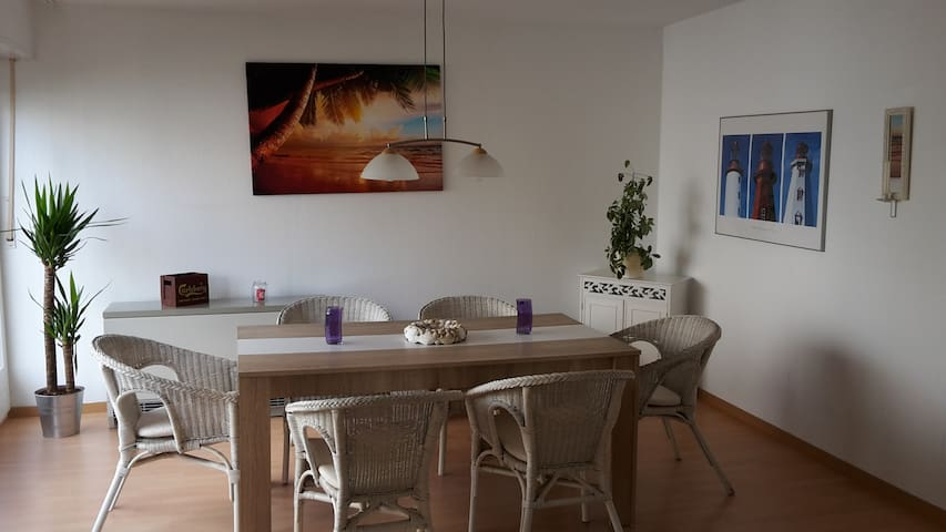 3 Bedroom TLA Appartment near BASE Highspeed WIFI - Kaiserslautern