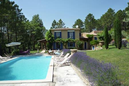 Magnifique villa dans le Luberon - Roussillon - Villa