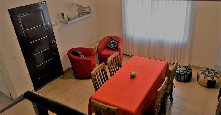 Duplex impecable y cómodo
