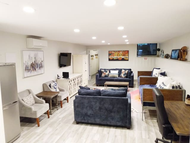 Perfect Large Apt for your NYC Stay!