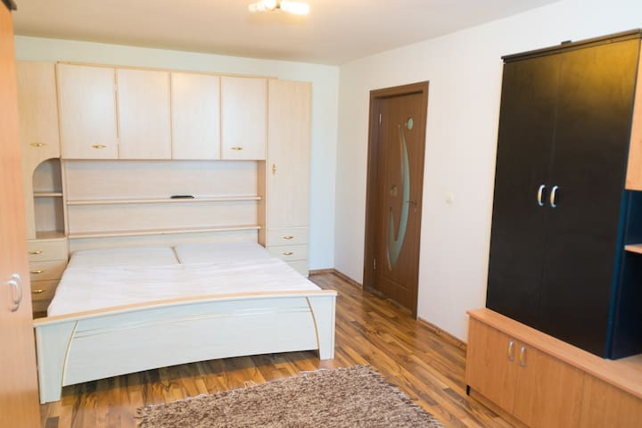 Well connected, 1 Bedroom Apartment - Cluj - Cluj-Napoca - Apartment